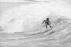 Manly_Beach_Surfing_Black_and_White_Photos_042.jpg