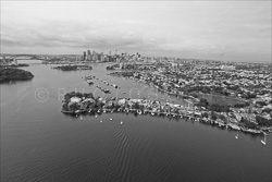 Sydney_from_helicopter_bw_038.jpg