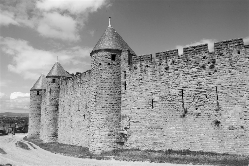 Carcassone_Black_and_White_Photos_004.jpg