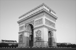 Arc_De_Triomphe_Black_and_White_Photo_001.jpg
