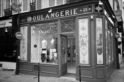 Paris_Cafe_Magasins_Passages_Black_and_White_Photo_010.jpg