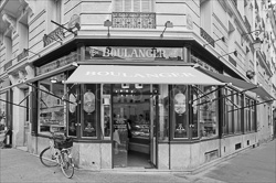 Paris_Cafe_Magasins_Passages_Black_and_White_Photo_015.jpg