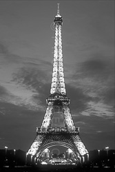 Paris_Tour_Eiffel_Black_and_White_Photo_006.jpg