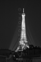 Paris_Tour_Eiffel_Black_and_White_Photo_010.jpg