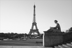 Paris_Tour_Eiffel_Black_and_White_Photo_014.jpg