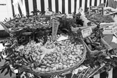 Market_Display_in-France_Black_and-White_Photos003.jpg
