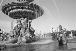 Paris_Place_De_La_Concorde_Black_and_White_Photo_001.jpg