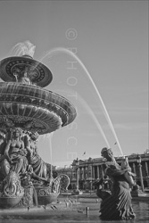 Paris_Place_De_La_Concorde_Black_and_White_Photo_009.jpg