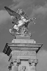 Paris_Statues_and_Sculptures_Black_and_White_Photos_007.jpg