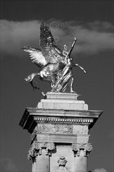 Paris_Statues_and_Sculptures_Black_and_White_Photos_008.jpg