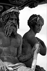 Paris_Statues_and_Sculptures_Black_and_White_Photos_014.jpg