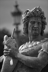 Paris_Statues_and_Sculptures_Black_and_White_Photos_015.jpg
