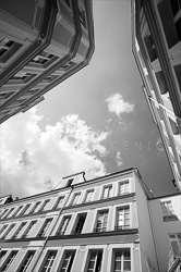 Paris_Streets_and_Buildings_Black_and_White_Photo_009.jpg