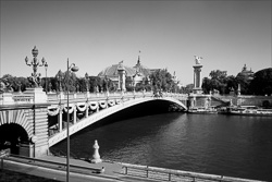 Paris_The_Seine_River_Black_and_White_Photo_011.jpg