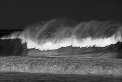 Manly_Beach_Surfing_Black_and_White_Photos_002.jpg