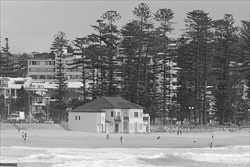 Manly_Beach_Scenic_Black_and_White_Photos_022.jpg