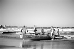 Surfers_Manly_Beach_Scenic_Black_and_White_Photos_001.jpg