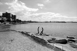 Manly_Beach_Scenic_Black_and_White_Photos_006.jpg