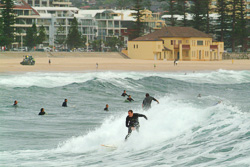 Manly_Beach_Surfing_Colour_Photos_002.jpg