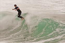 Manly_Beach_Surfing_Colour_Photos_010.jpg