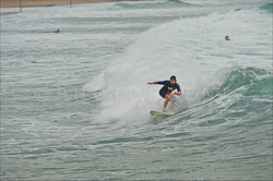 Manly_Beach_Surfing_Colour_Photos_012.jpg