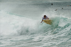 Manly_Beach_Surfing_Colour_Photos_013.jpg